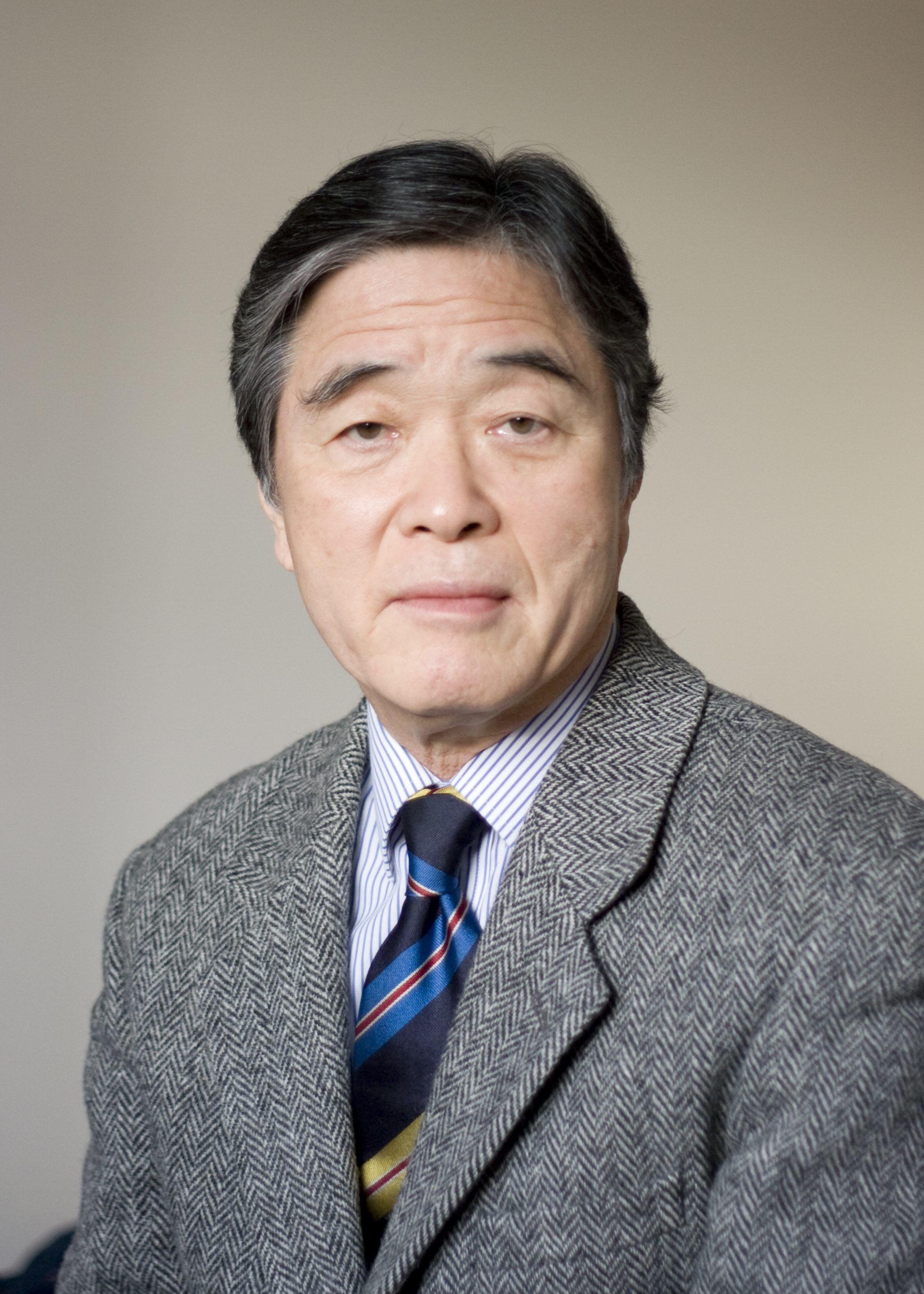 정진석 한국외대 신방과 교수